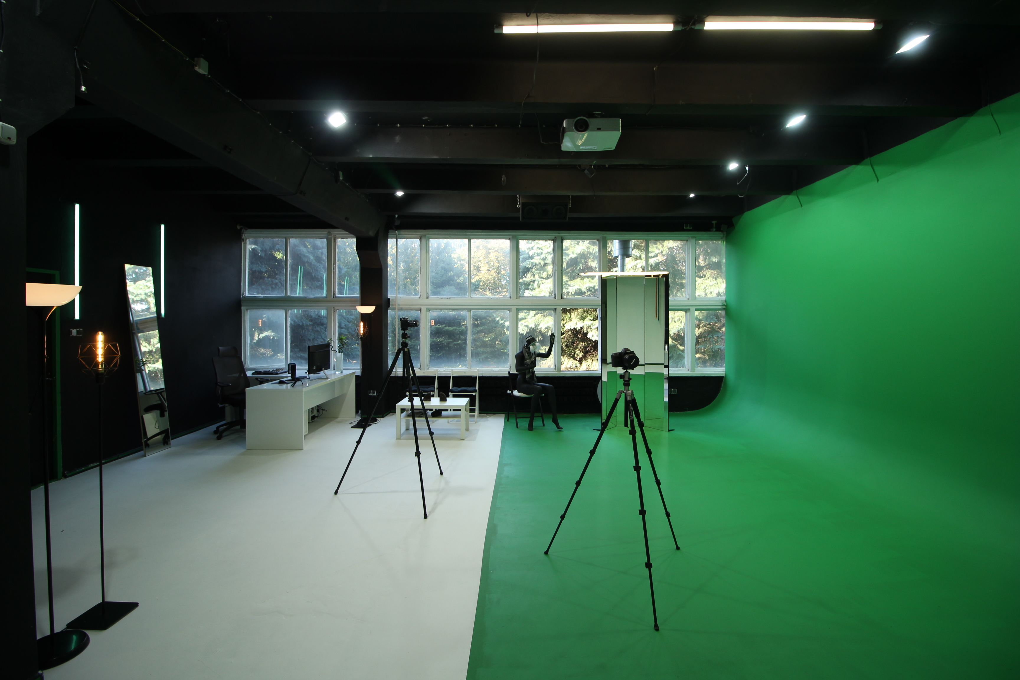 chromakey green screen studio